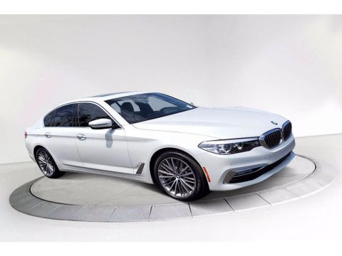 Pre-Owned 2017 BMW 5 series 530i RWD 4dr Car